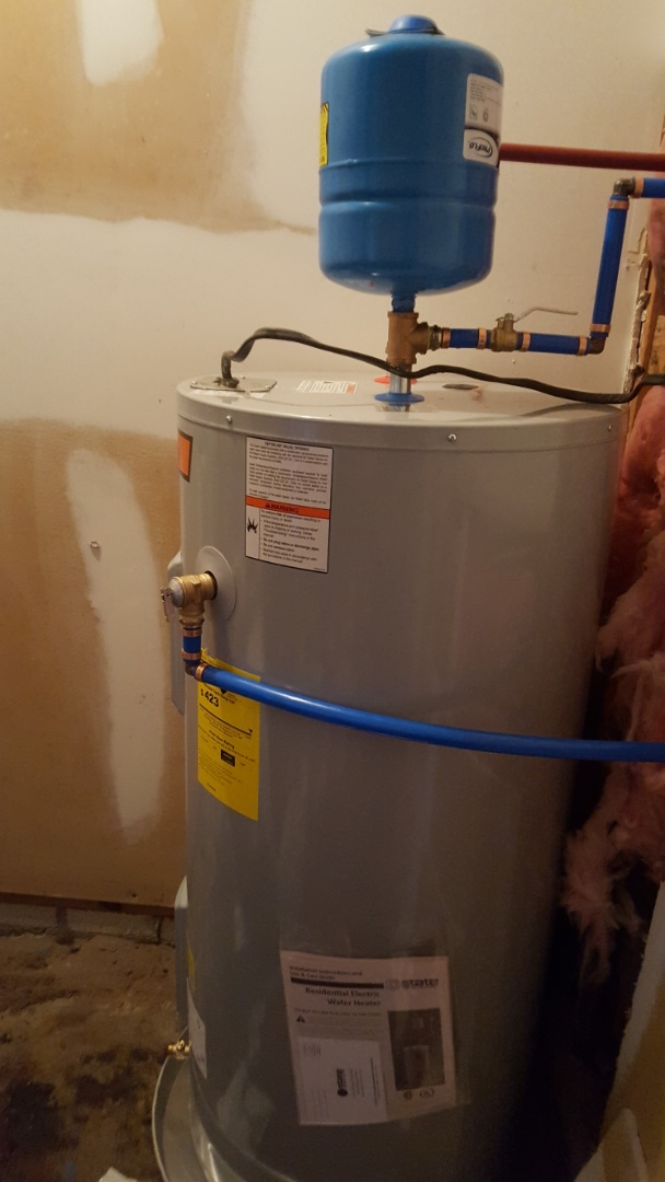 North Charleston, SC - Changed out leaking 50gal electric and installed new 50 gal electric water heater
