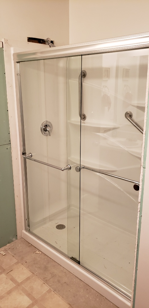 Summerville, SC - Installed new shower base and walls