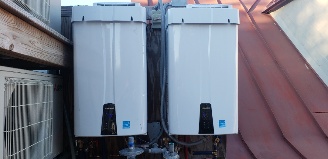 Charleston, SC - Installed 2 new navien 210A tankless water heaters with re circ system