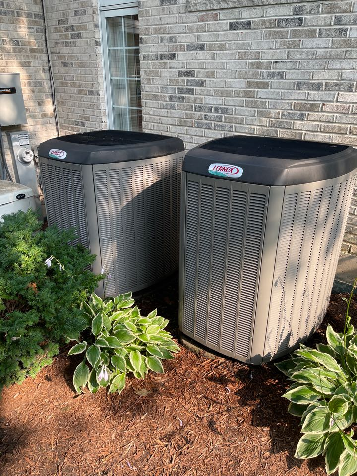 Hinsdale, IL - Clean and check on two Lennox units