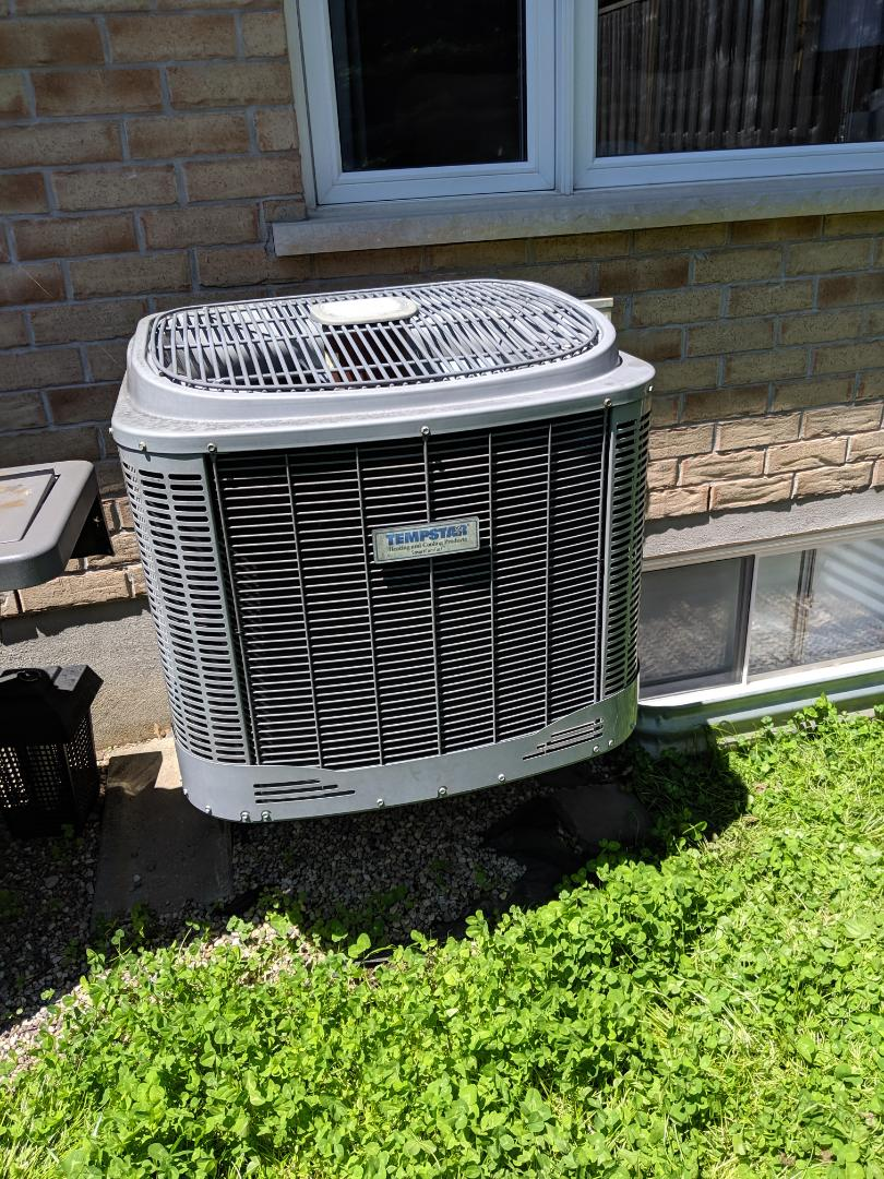 Guelph, ON - Service call to repair air conditioner by Tempstar