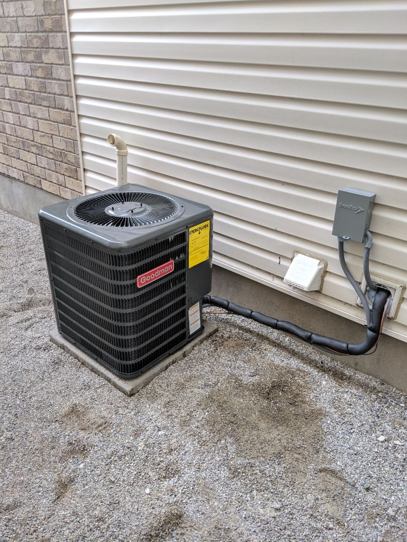 Guelph, ON - Install Day. Replace old Bryant air conditioner with new Goodman Air conditioner.