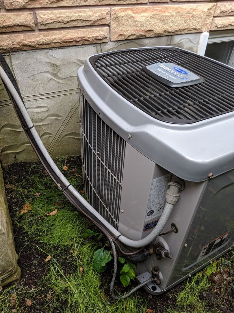 Guelph, ON - Service call to repair Carrier Air conditioner
