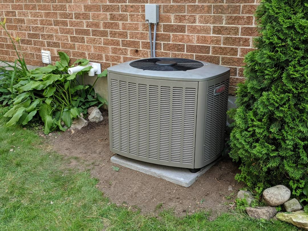 Guelph, ON - Replace noisy compressor on Lennox air conditioner