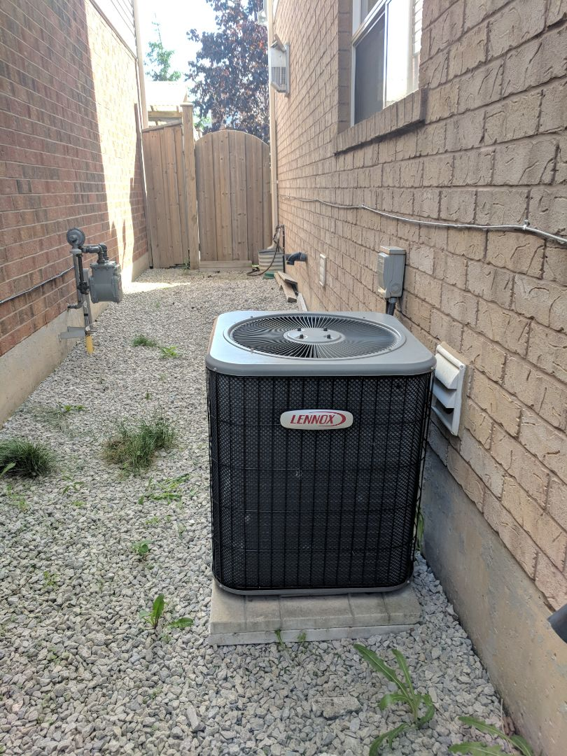 Milton, ON - Service Call for Lennox air conditioner repair