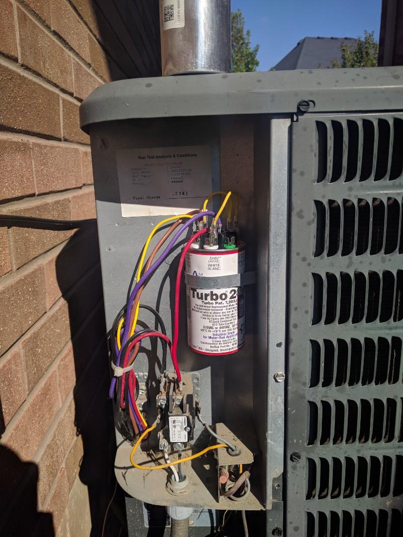 Milton, ON - Aic Conditioner Repair on Goodman Air conditioner
