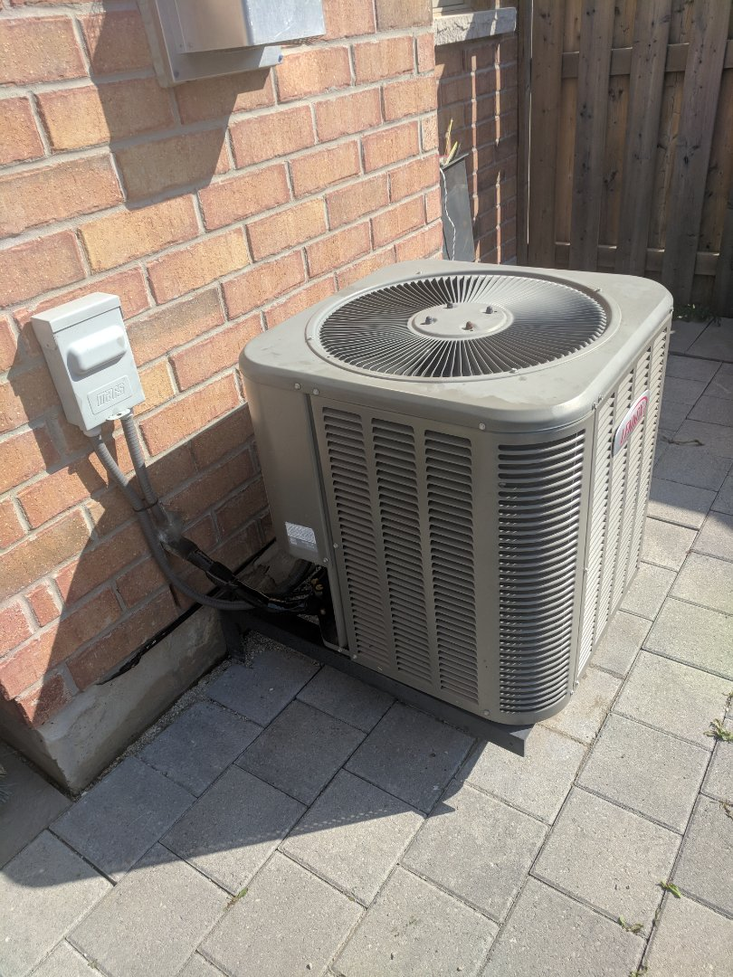 Milton, ON - Service Call to repair a Lennox Air Conditioner