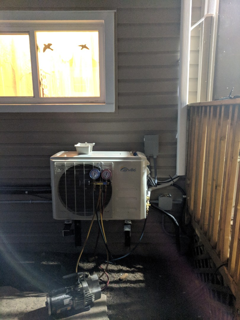 Guelph, ON - Service Call to repair a ductless split air conditioner.