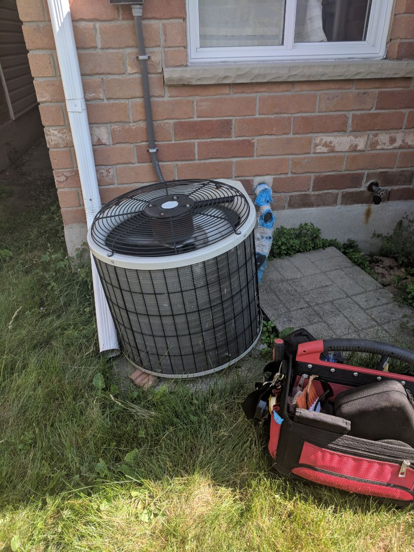 Guelph, ON - Service Call replacing Repair a Payne Air Conditioner