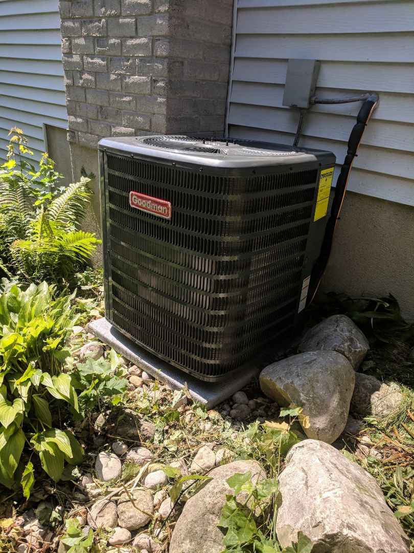 Guelph, ON - Install a new Goodman Air conditioner