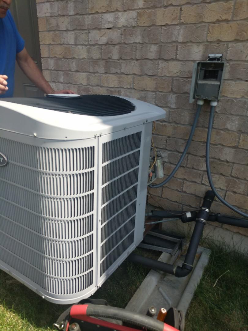 Milton, ON - Service Call to repair a Carrier air conditioner