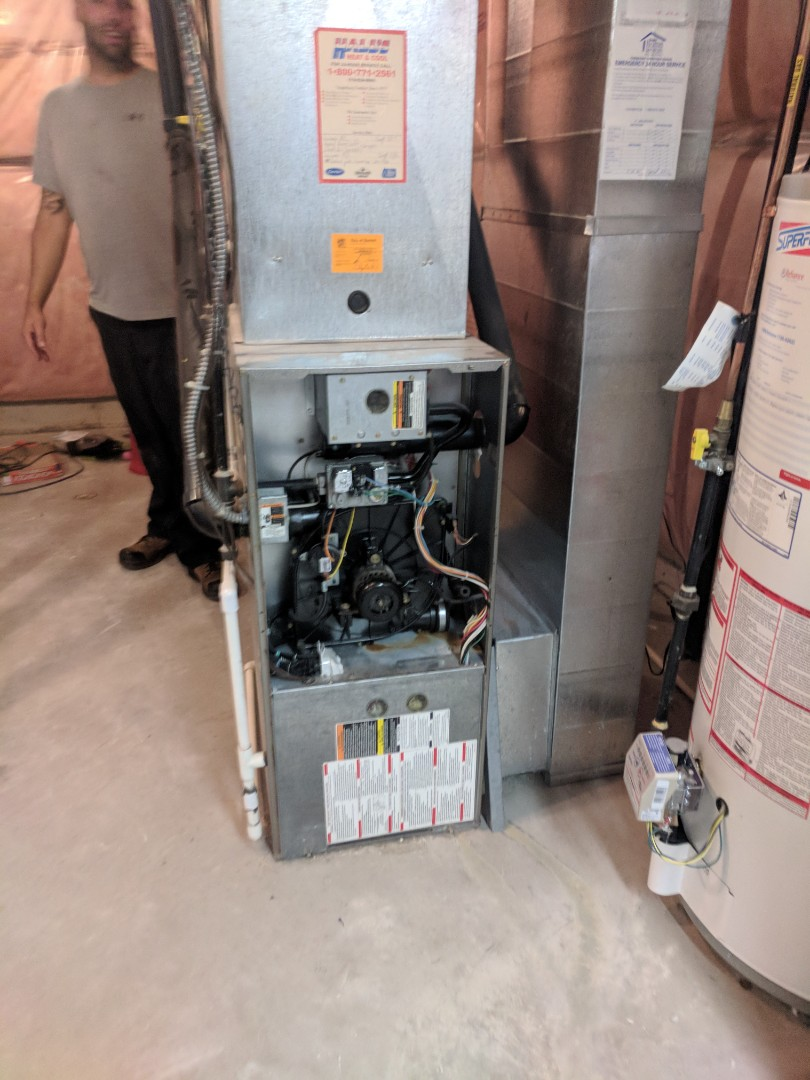 Guelph, ON - Install Day: Remove Carrier furnace to replace with a new Goodman furnace