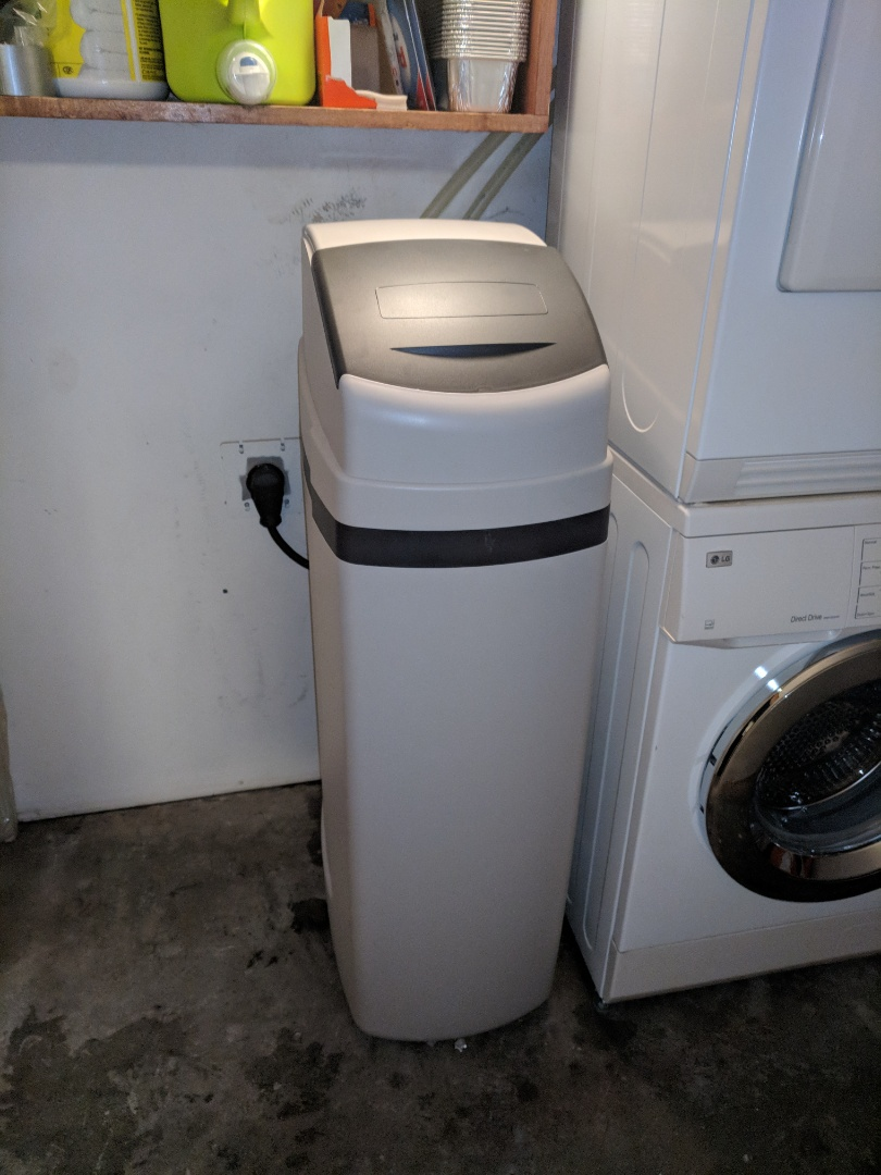 Guelph, ON - Install a new water softener