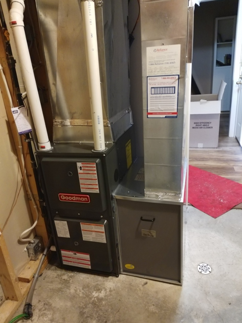 Fergus, ON - Install Day: replace old Keeprite furnace with a new Goodman furnace