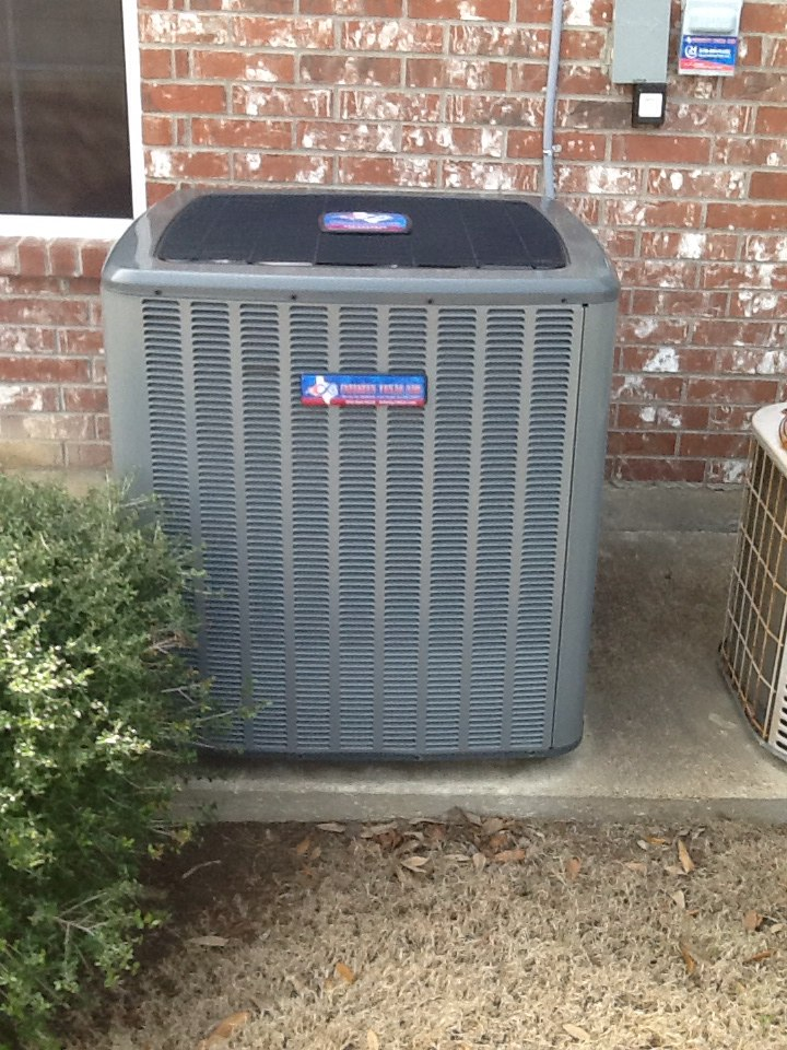 Heath, TX - Spring tune-up service call on 4-ton Goodman furnace system.Checked evaporator coil,condensor coil,blower motor,condensor motor,control boards and cleared drain lines.Inspected duct system,checked refrigerant charge on system,replaced air filter and thermostat.Tested and check operation of new thermostat and system.