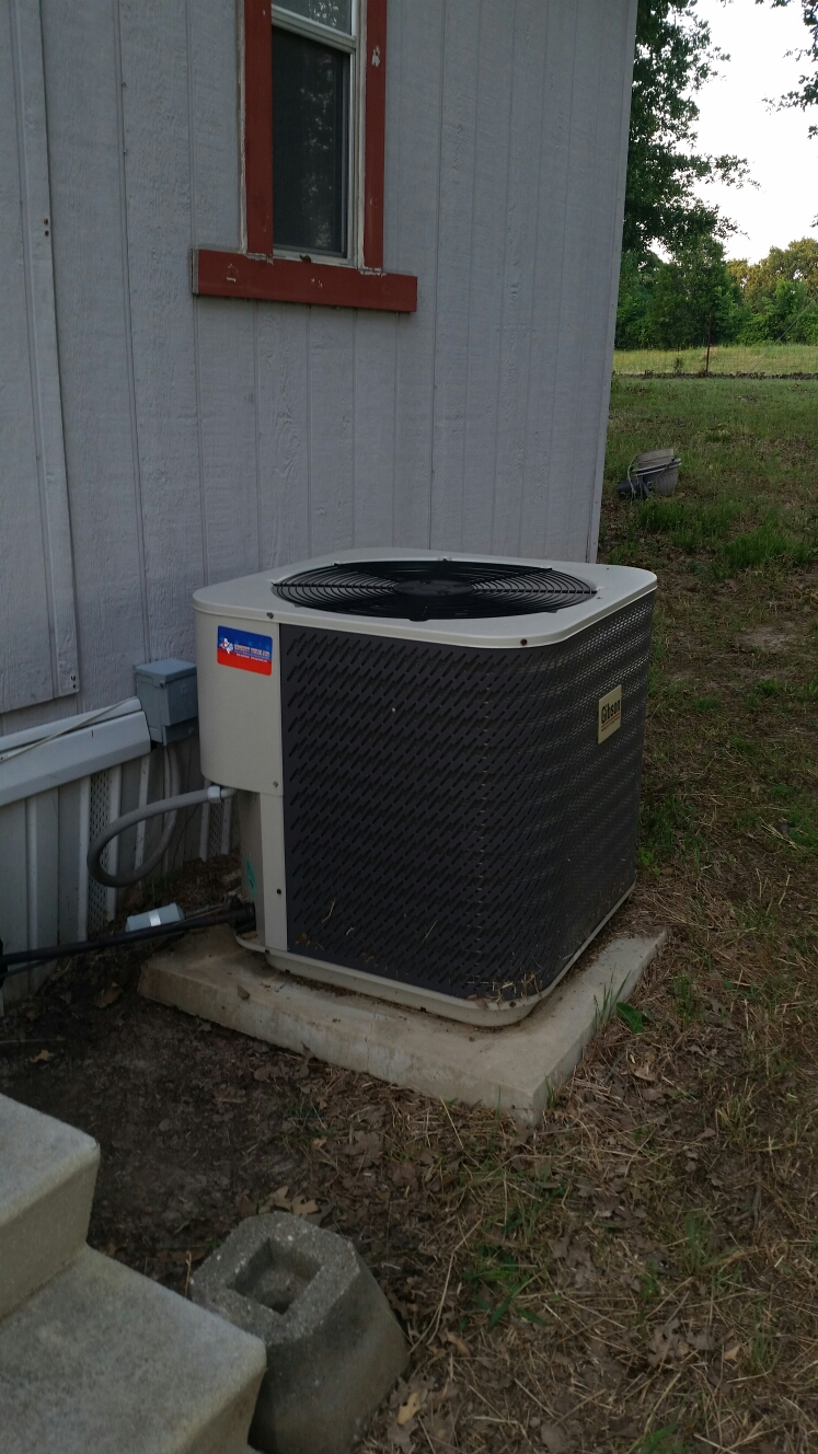 Trinidad, TX - Service call no cooling, found outside condensor not running. Replace  dual secondary  motor control and  check  freon levels.