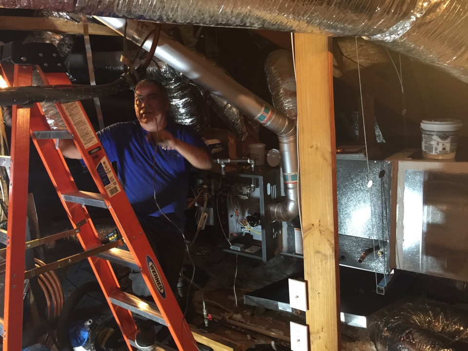 Heath, TX - Air conditioning install. Installing a new 4 ton gas home comfort system in Heath TX today! Making some changes to the previous install and Mr. & Mrs. Patterson along with the rest of the family will love this system!