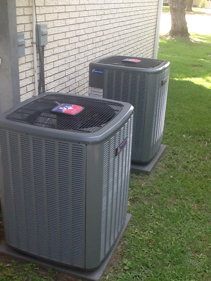 Trinidad, TX - Check for water leak on 3ton Goodman system insulate refrigerant line and TXV
