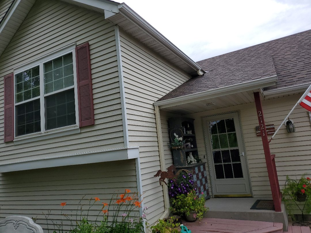 St. Cloud, MN - Getting window, gutter and wraps all ready.