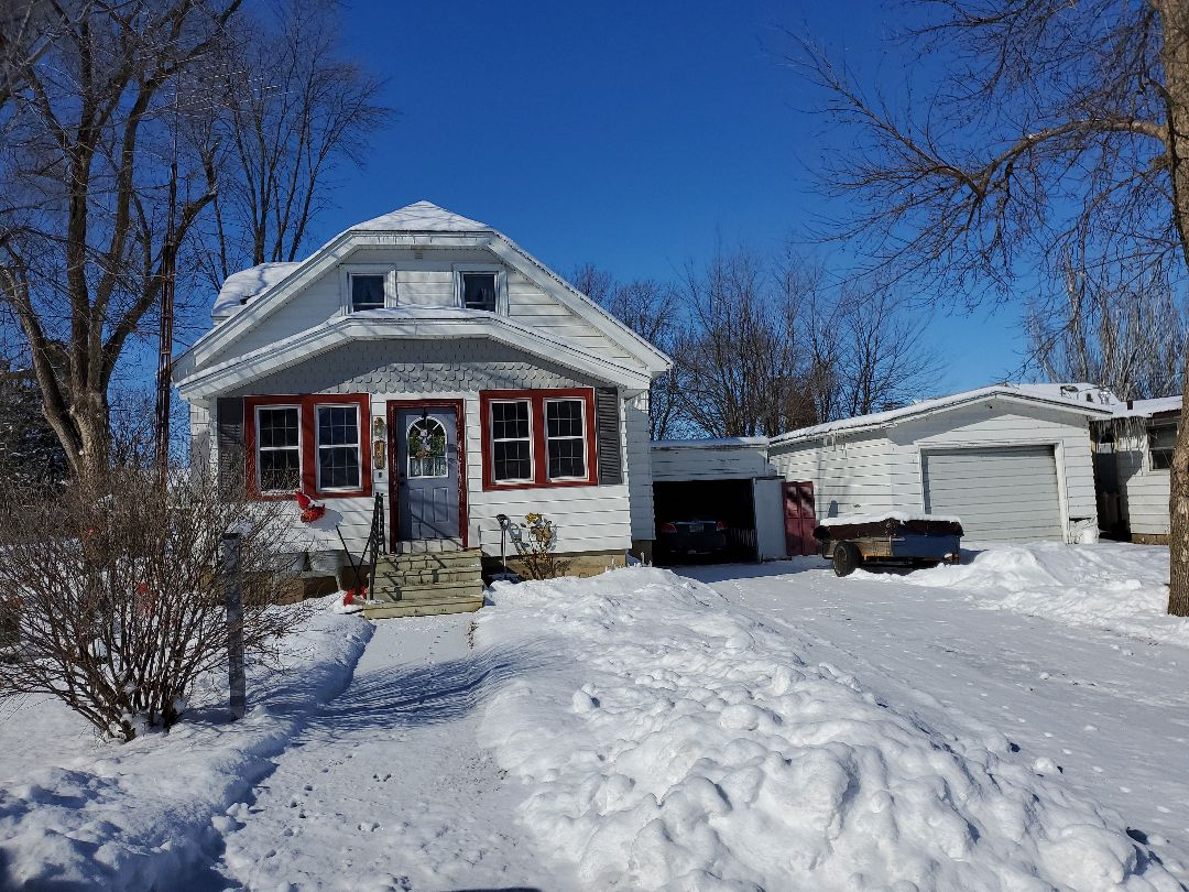 Eden Valley, MN - Roof replacement on house and porch only.