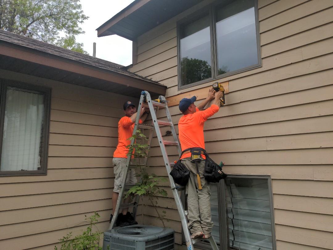 St. Cloud, MN - Need a custom siding repair? No problem! Call Oberg!