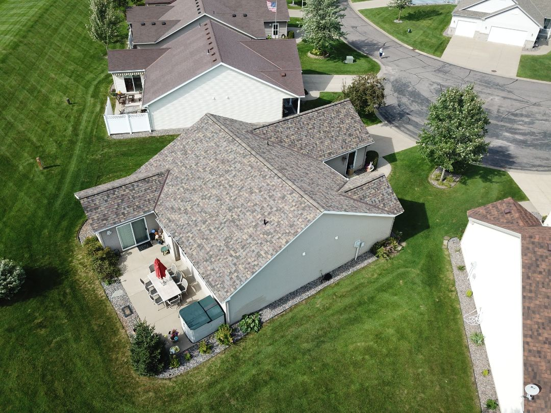 St. Cloud, MN - This beautiful  color is very popular and for good reason. Summer Harvest from Owens Corning. Another happy customer of Oberg Roofing & Remodeling Inc.