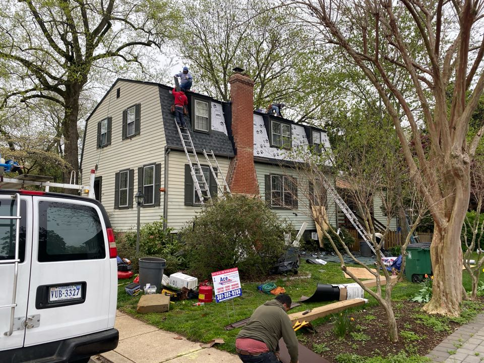 Annapolis, MD - Roof installation.
