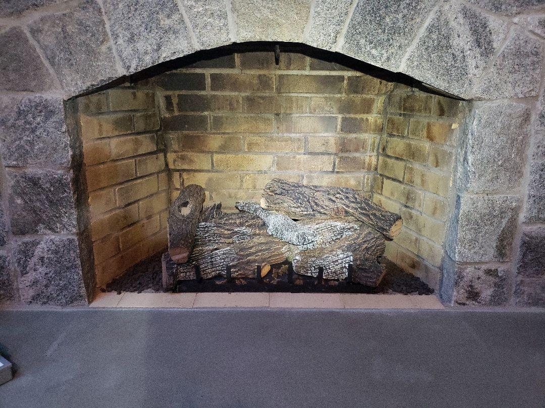 Killingworth, CT - Fireplace service!