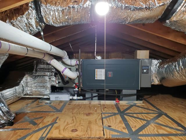 Madison, CT - We converted the customer's electric baseboard heated home to propane.  We installed a Trane propane furnace and Trane central air conditioning system.