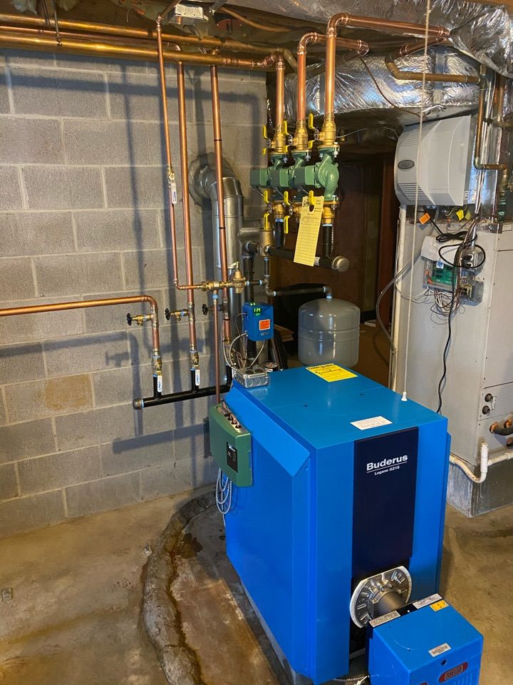 Clinton, CT - Installed new buderus boiler