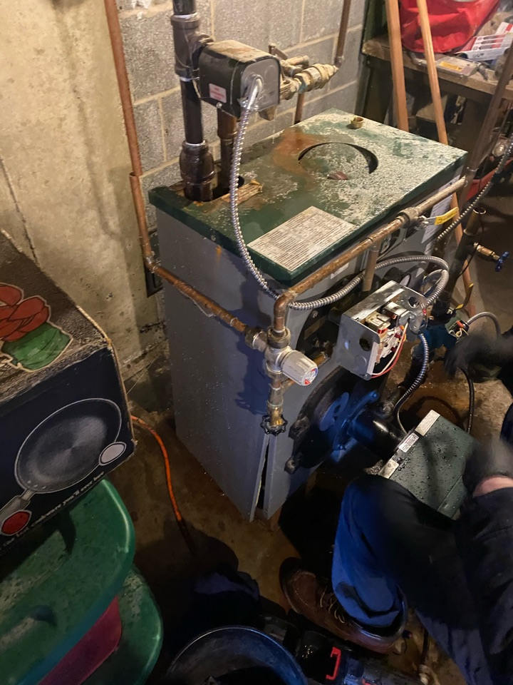 Madison, CT - Emergency Peerless Boiler