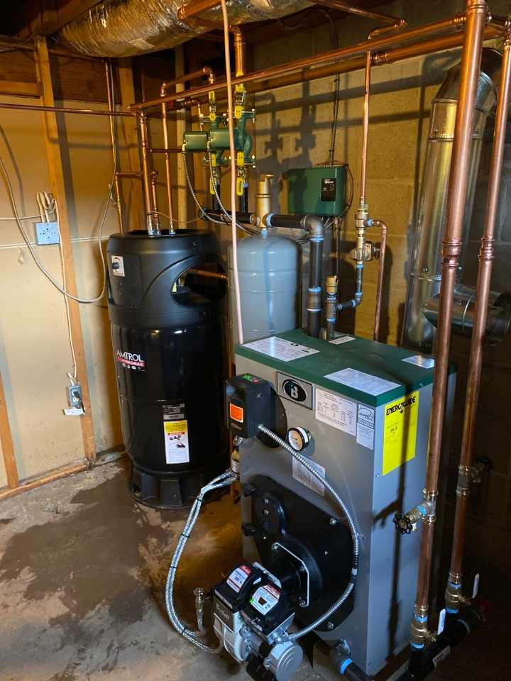 Old Saybrook, CT - Installation of oil fired Peerless boiler and Amtrol Indirect