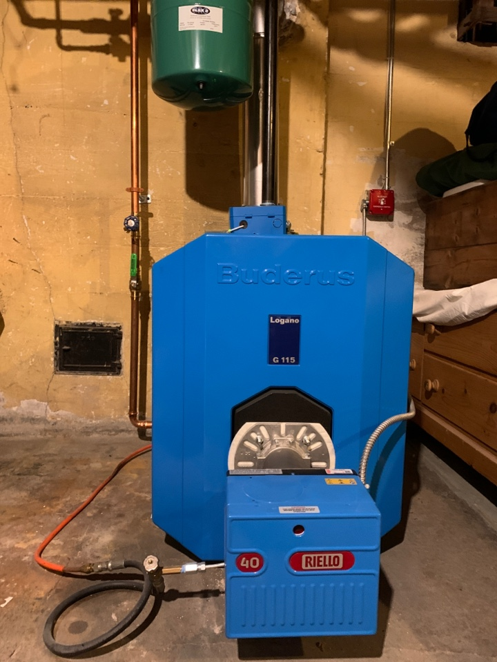 Clinton, CT - Buderus oil-fired boiler tune-up