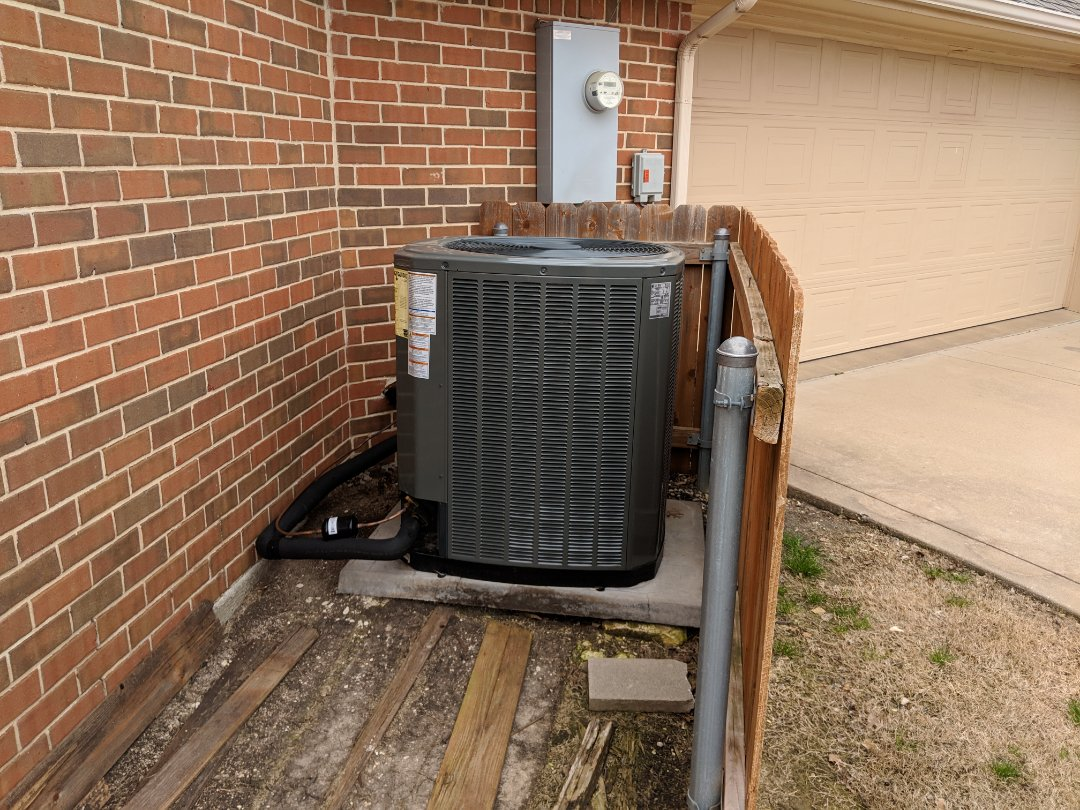 Midlothian, TX - Heater ng and air conditioning system replacement.