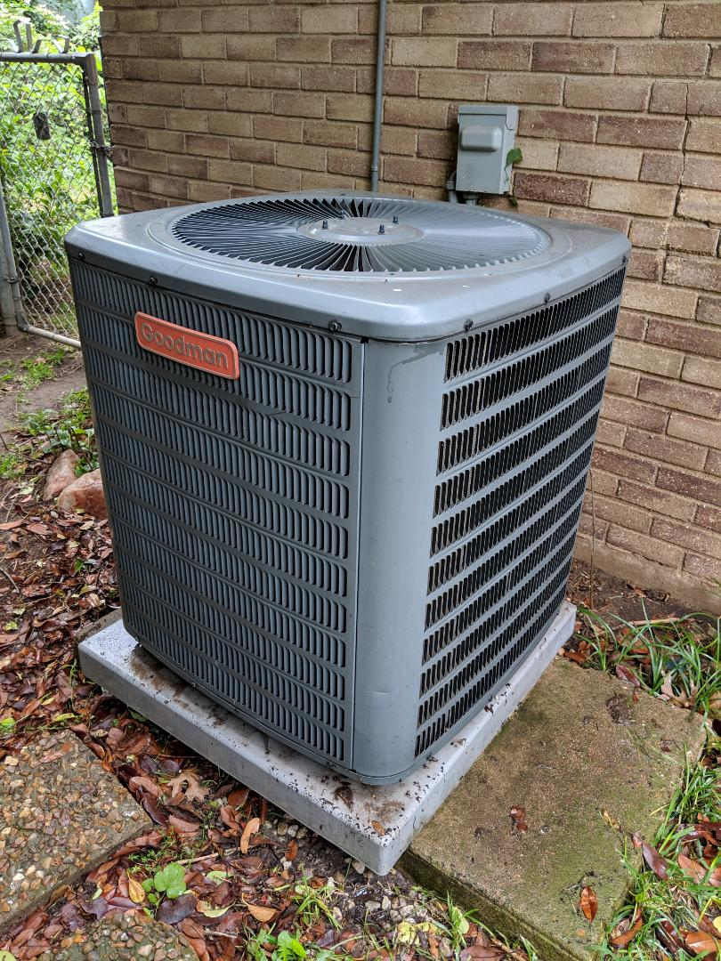 Dallas, TX - AC diagnostic. Performed air conditioning checkup, spring maintenance, and repairs on Goodman HVAC system.