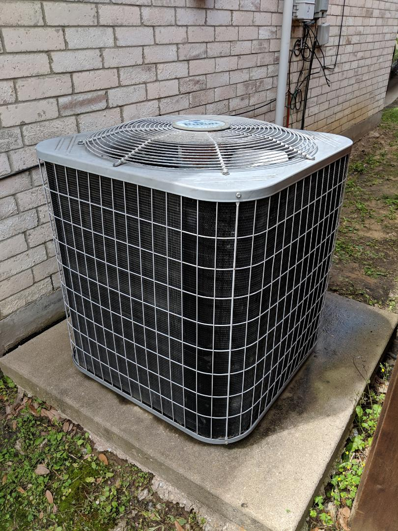 Lancaster, TX - Ac tune-up and inspection. Performed spring maintenance and cooling system repairs.