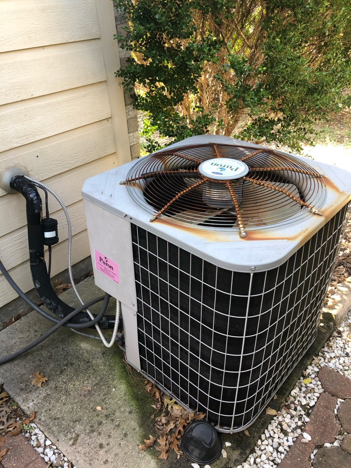 Dallas, TX - Heating tuneup and winter service on electric furnace and heat pump system.