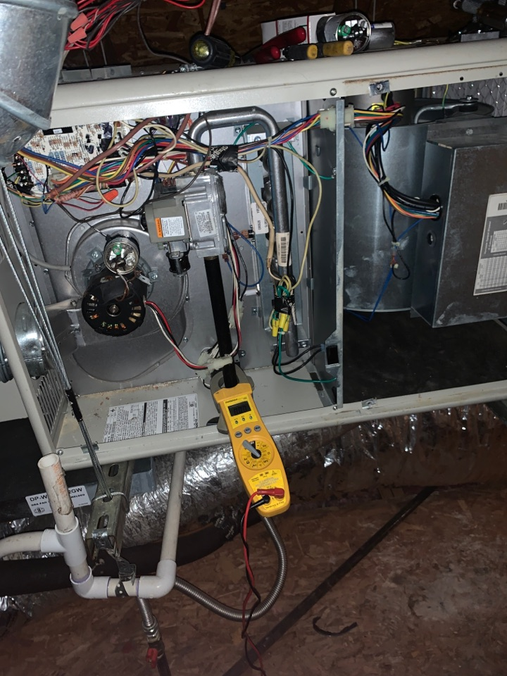Heater service call repair, fixing a gas furnace