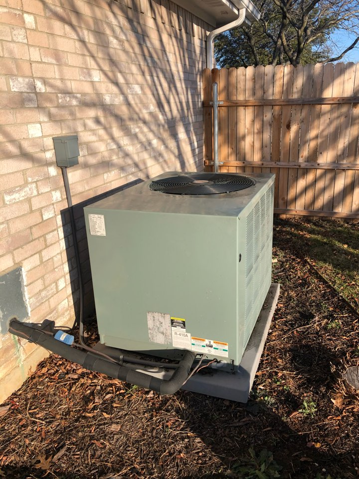Midlothian, TX - Heating tuneup and winter efficiency inspection of heat pump and electric furnace.