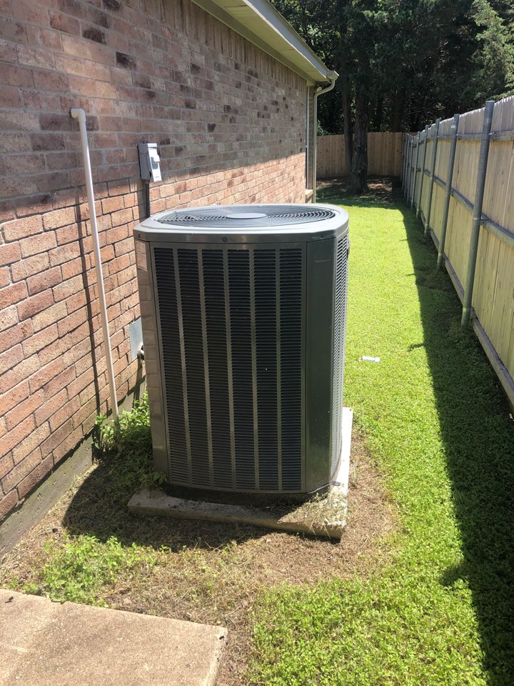 Midlothian, TX - Air conditioning diagnostic service and repair. Performed preseason ac maintenance and spring cooling inspection.