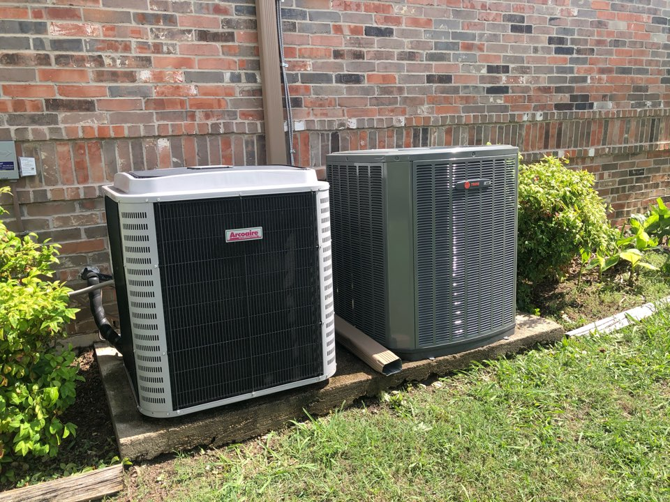 Cedar Hill, TX - Air conditioning maintenance tuneup and cooling inspection.