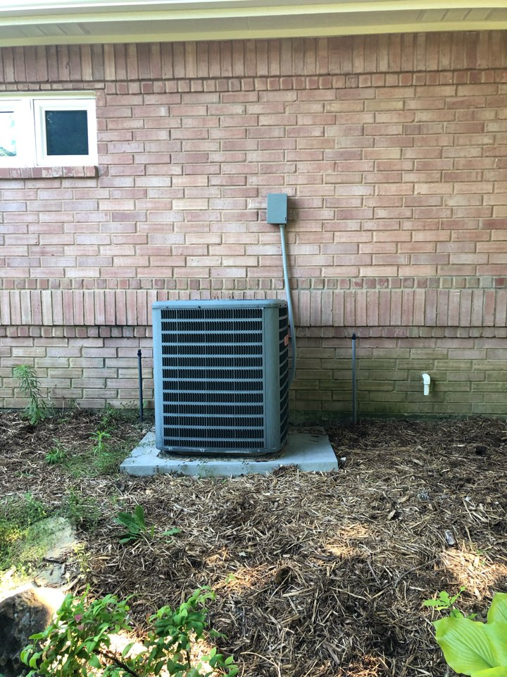 Ovilla, TX - Air conditioning diagnostic service and repair.