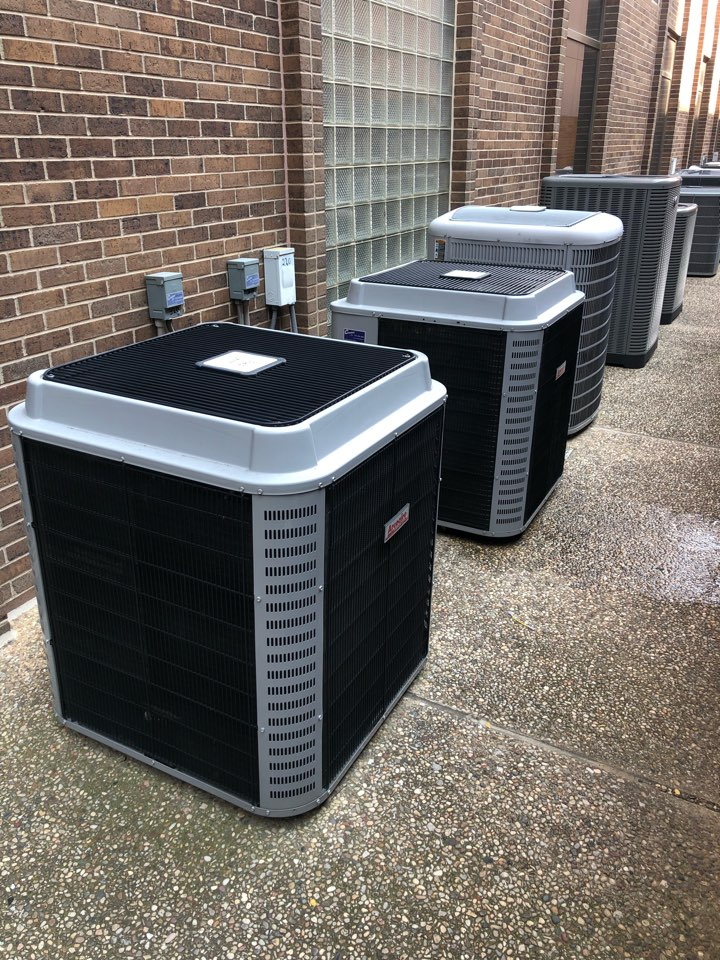 Dallas, TX - AC diagnostic and repair service for summer tuneup. Cooling repair done on air conditioning system