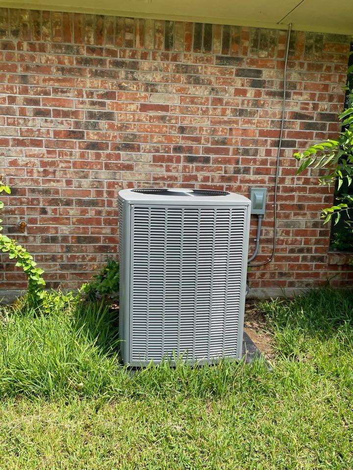 DeSoto, TX - Air conditioner service call repair, install a new AC unit