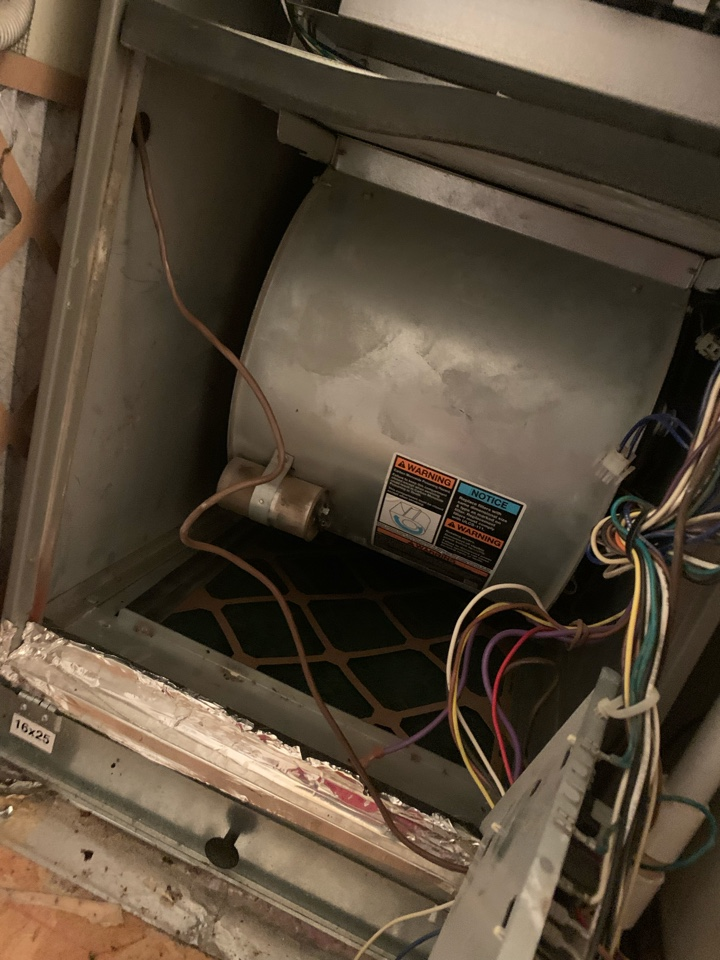 Duncanville, TX - Keeping customers cool even on the weekend! Minor repair that could have lead to a bigger issue! Contact Coomes Air to keep your AC system cooling and working efficient at all times!
