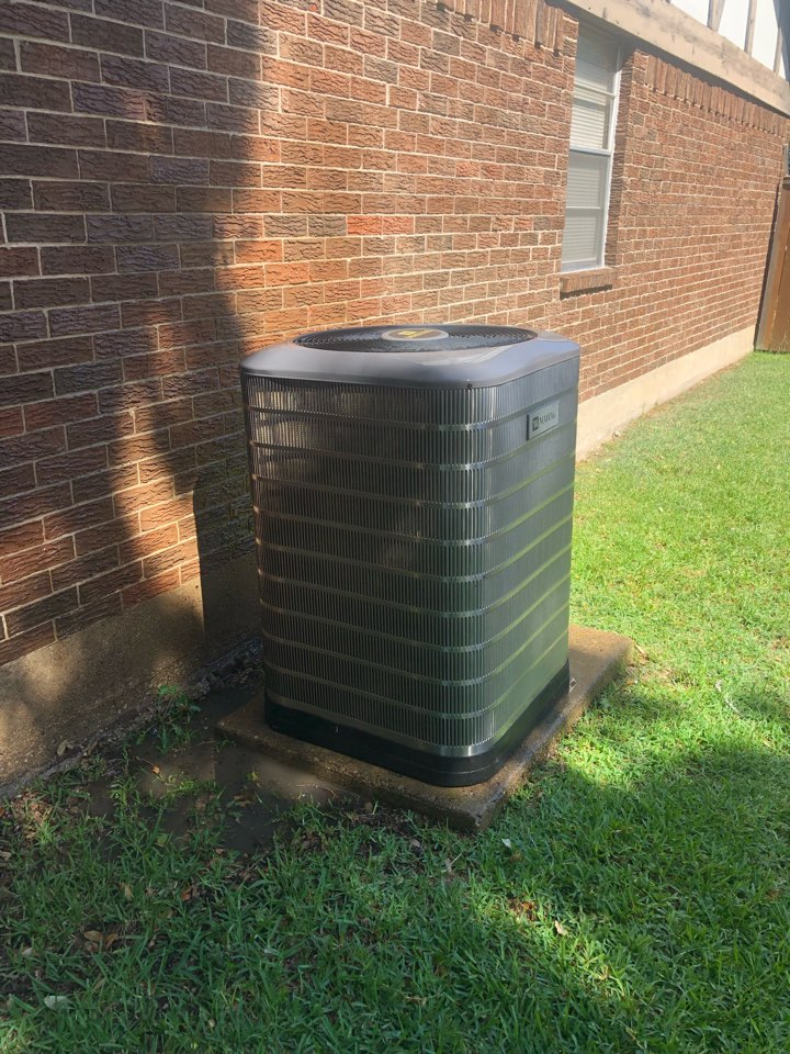 Duncanville, TX - Air conditioning maintenance inspection and summer tuneup.