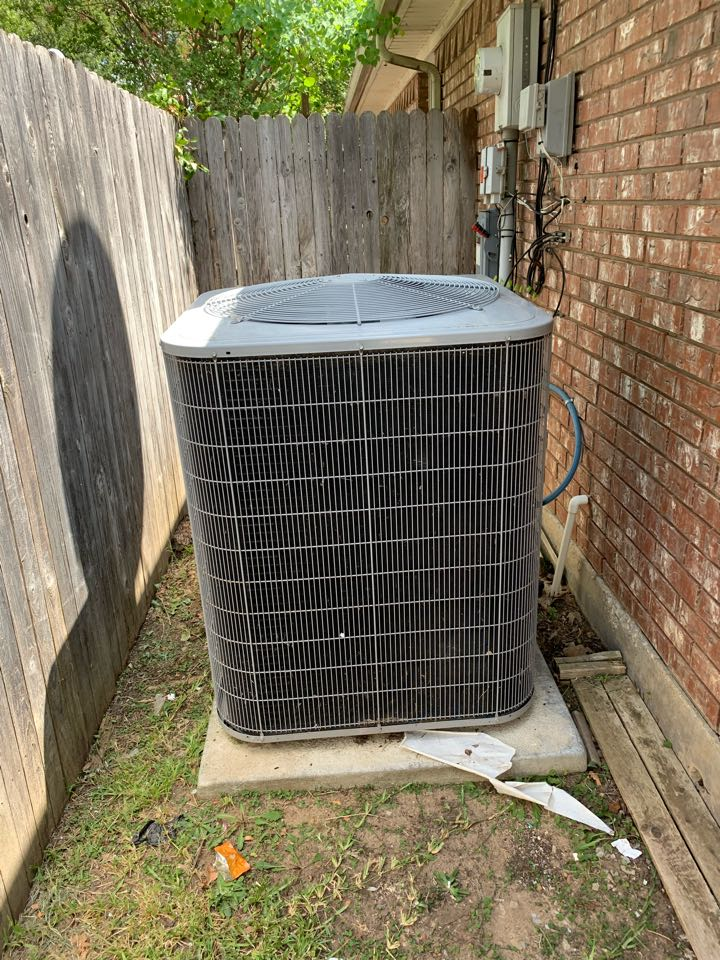 Waxahachie, TX - Check out Coomes Air! They are a premium HVAC COMPANY that operates daily in the area. The company is willing to go above and beyond to get the job done! Schedule your system tune up today and you will not regret it.   Coomes Air is in the area and they didn't come out to service the unit! They deliver nothing but the best customer service while in the home. Coomes is a great HVAC company!