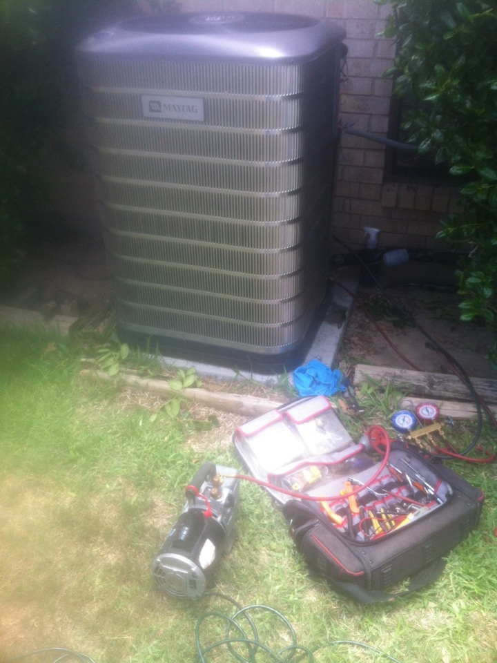 Glenn Heights, TX - AC service repair in Midlothian, TX