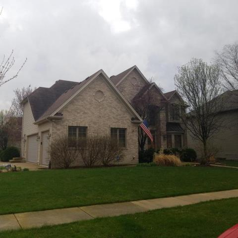 Oswego, IL - Est on roof replacement