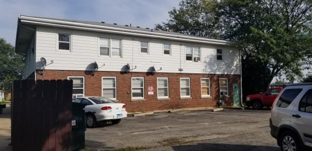 Sandwich, IL - Sold! Apartment building getting new CertainTeed Landmark 50 yr shingled roof.